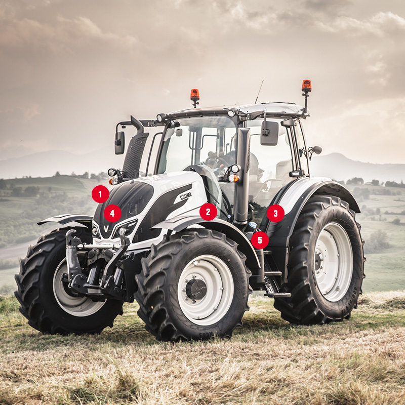 valtra tractor onfield wiht red indicator numbers